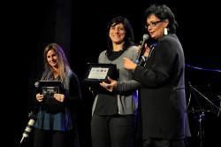 LJD2014-Laura Casotti premia Valeria Coli, con Michela Panigada